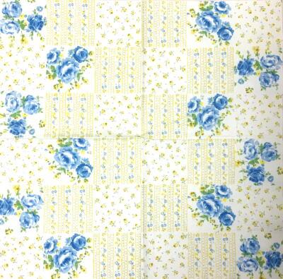パッチワークの青いバラの画像