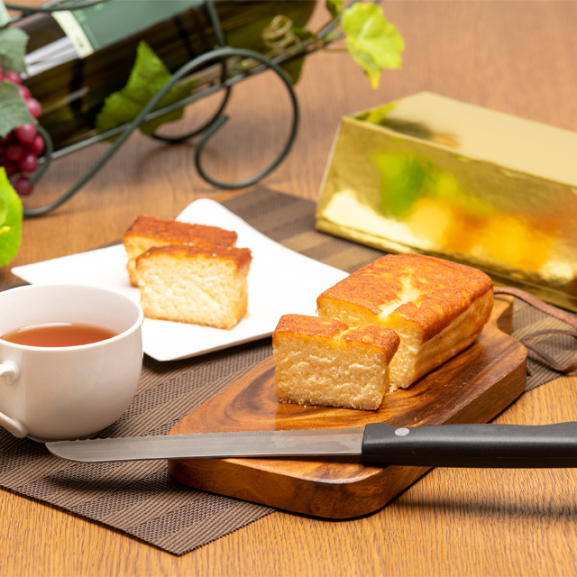 金のケーキ(白)1本画像