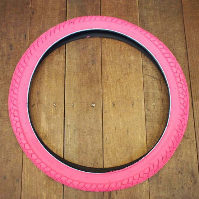 カラータイヤ ピンク 20x1.95 電動アシスト対応画像
