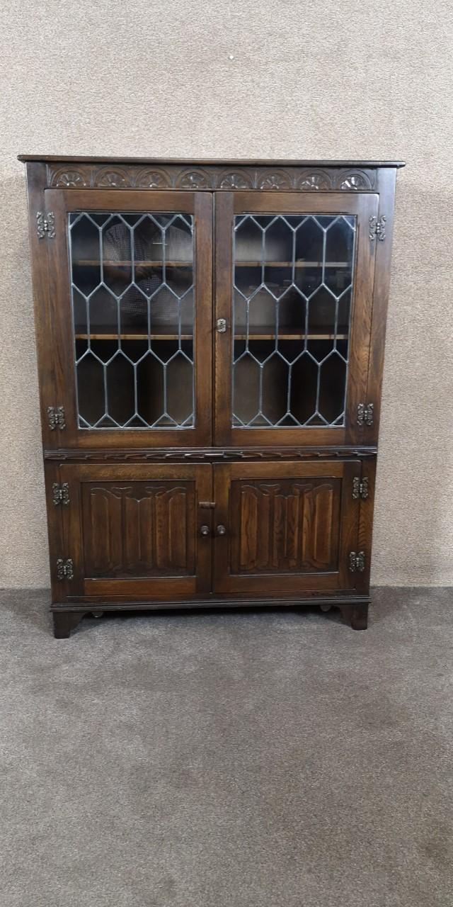 Oak leaded door bookcas画像
