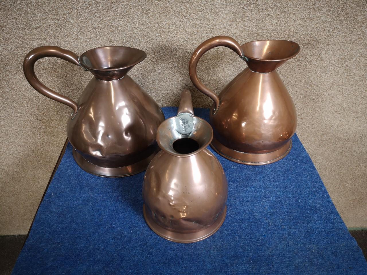 3 copper harvest jugs画像