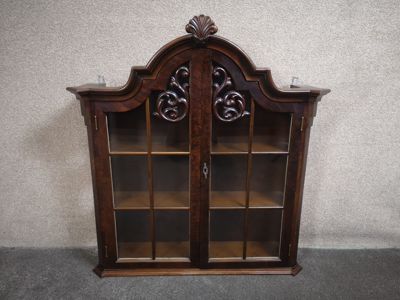 Large walnut vitrine cabinet画像