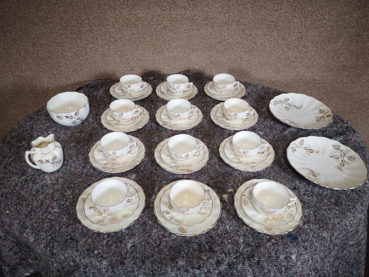 40 piece tea set画像