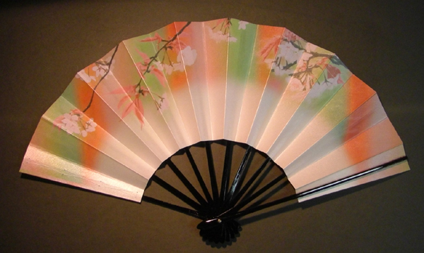 舞扇子 桜の重ね1 七彩 キラ引き画像