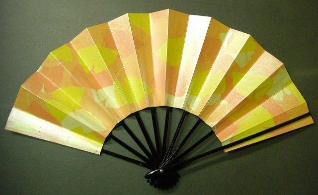 舞扇子 銀杏の画像
