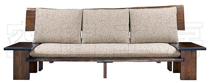 素材感に溢れる天然木クルミ材のソファ (国産品)の画像