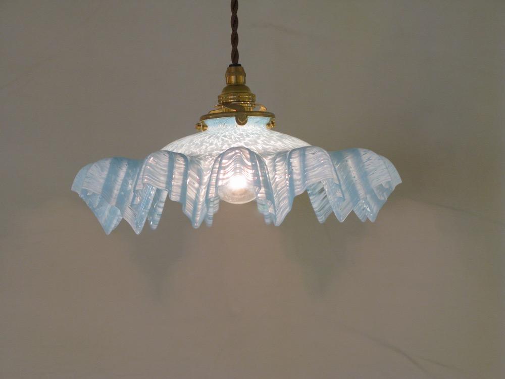 フリル&マーブルガラスシェード ペンダントランプ画像