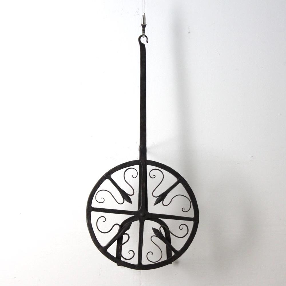 アイアン 回転式 トリペット (鍋敷き)の画像