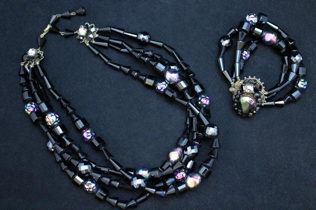 ガラスビーズ 4連ネックレス&3連ブレスレット セット画像