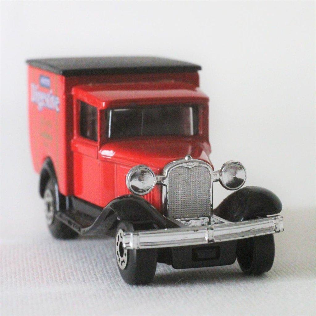 MATCHBOX ヴィンテージミニカーの画像