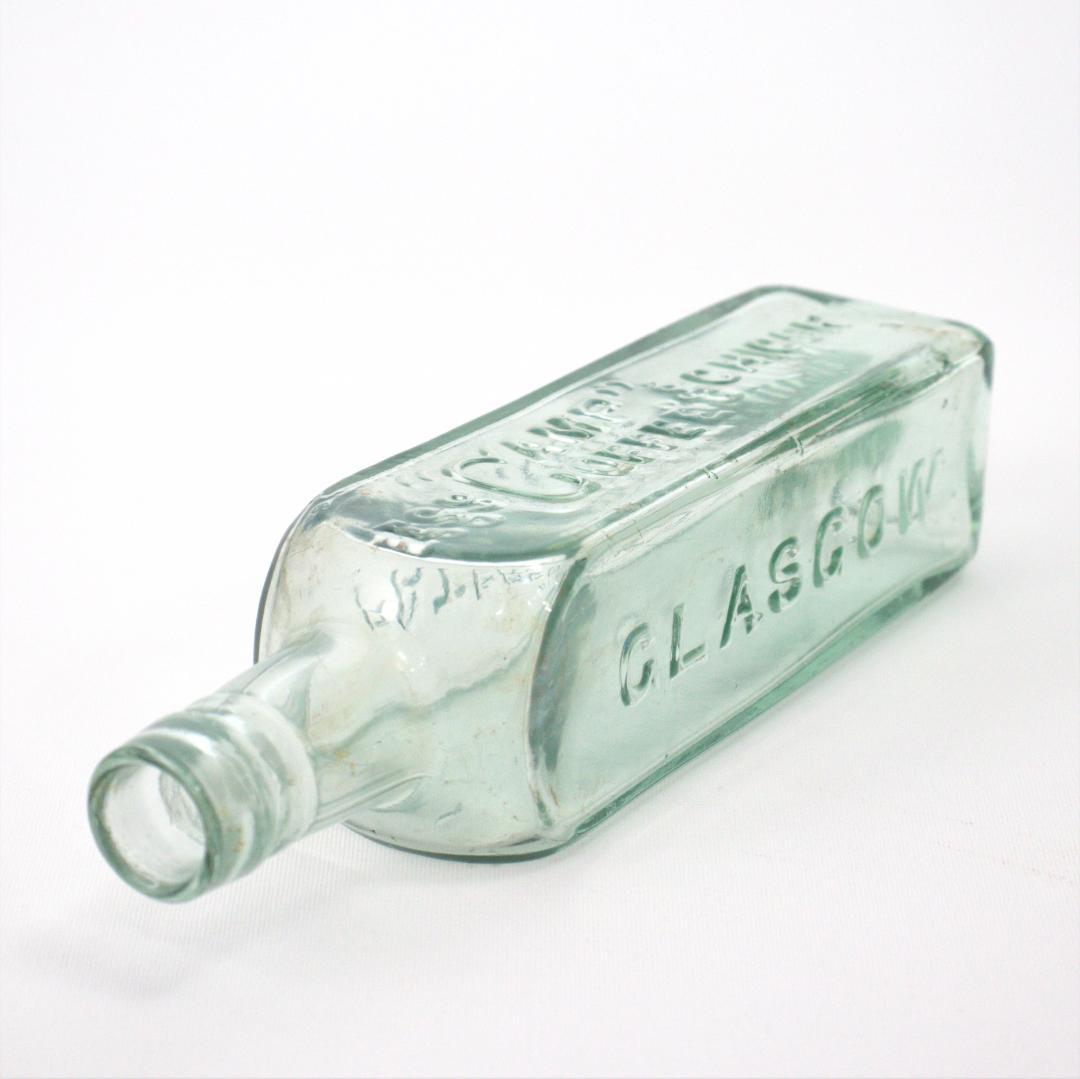 スコットランド アンティーク ガラスボトル画像