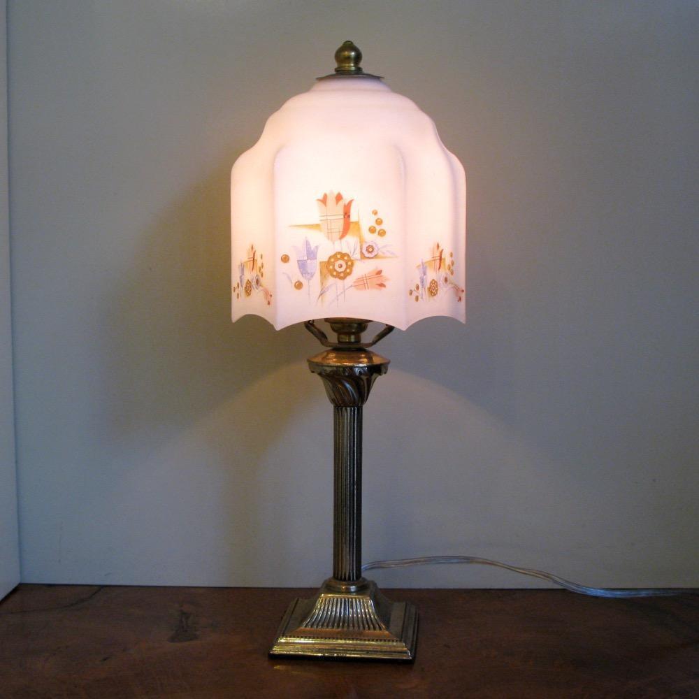 イギリス アンティーク テーブルランプ画像