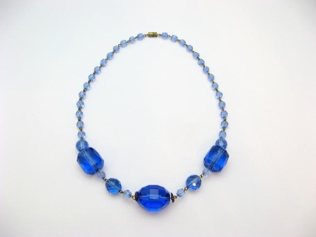 ボヘミアンガラスビーズネックレスの画像
