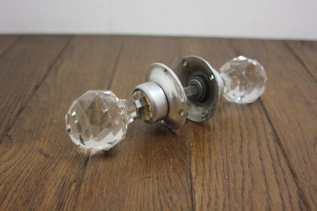アンティーク ガラス ドアノブの画像