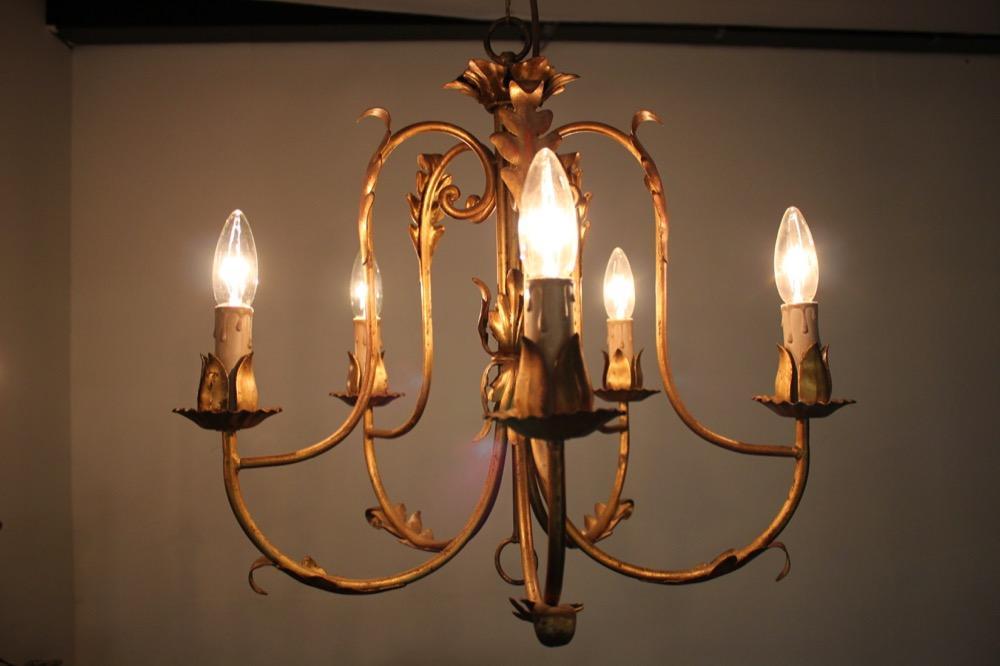 ヴィンテージ アイアン 5灯 シャンデリア 画像
