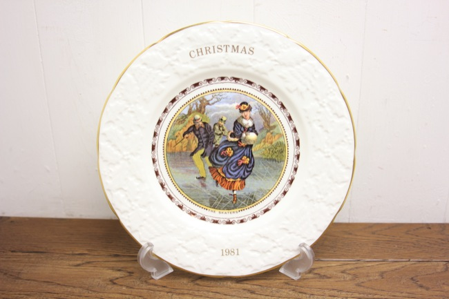 COALPORT 1981年 クリスマスプレートの画像