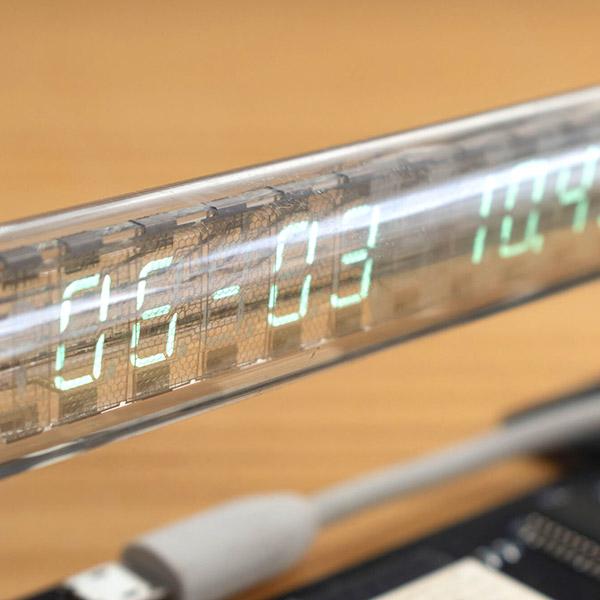 透明で美しいIV-27M蛍光表示管カレンダー時計キット画像