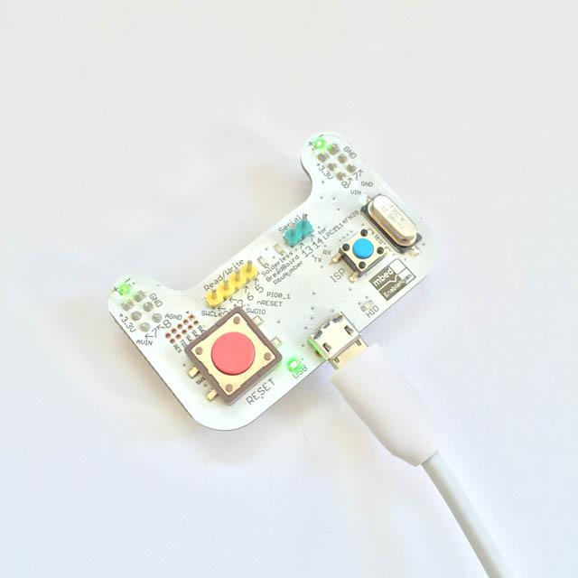 mbedねこちゃん(マイコン書き込み機)の画像