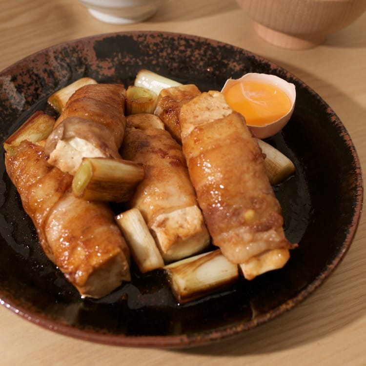すき焼き風。豚バラ肉の巻き豆腐(2人分)画像