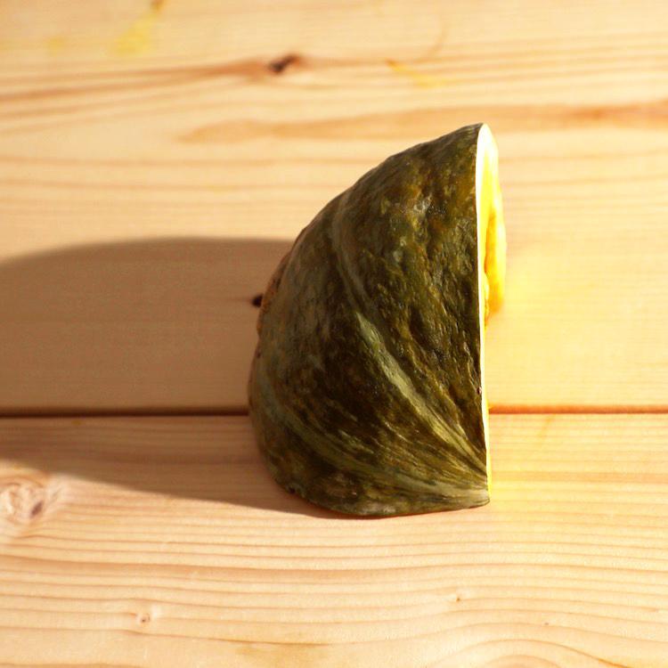 地元山口県等の国内産 かぼちゃ 1/4カット画像