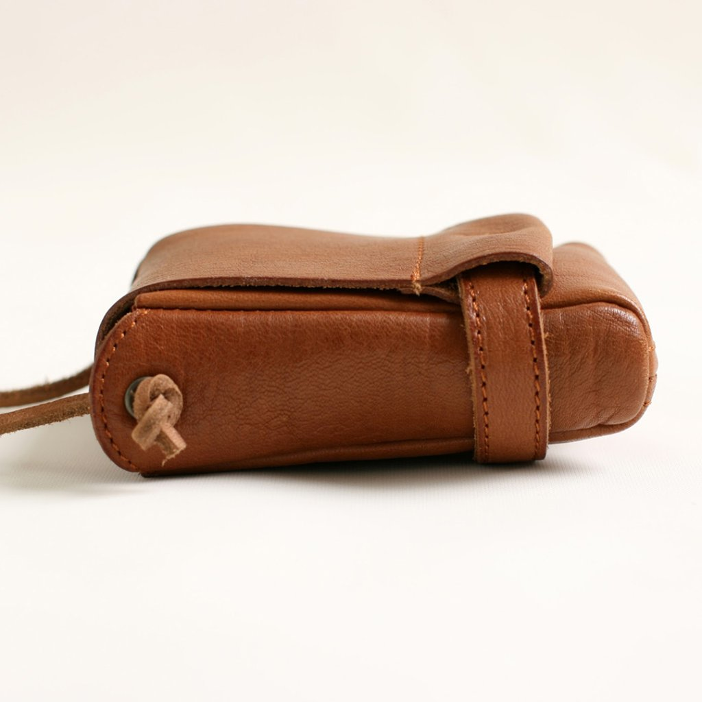 pouch sizeS camelの画像