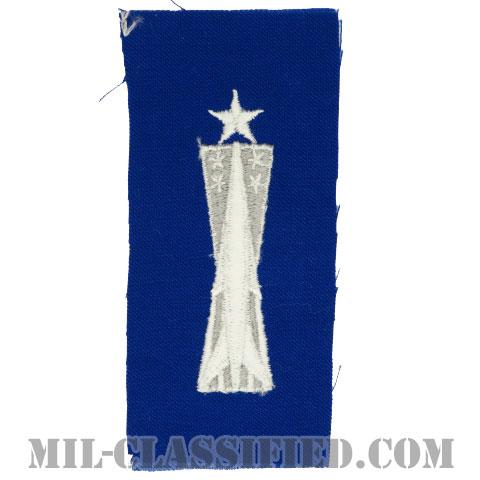 ミサイル整備章 (シニア)(Missile Maintenance Badge, Senior)[カラー/空軍ブルー生地/パッチ]の画像
