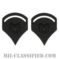 特技兵 (SP5)(Specialist 5)[サブデュード(ブラックメタル)/階級章/バッジ/ペア(2個1組)]の画像