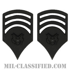 特技兵 (SP7)(Specialist 7)[サブデュード(ブラックメタル)/階級章/バッジ/ペア(2個1組)]の画像