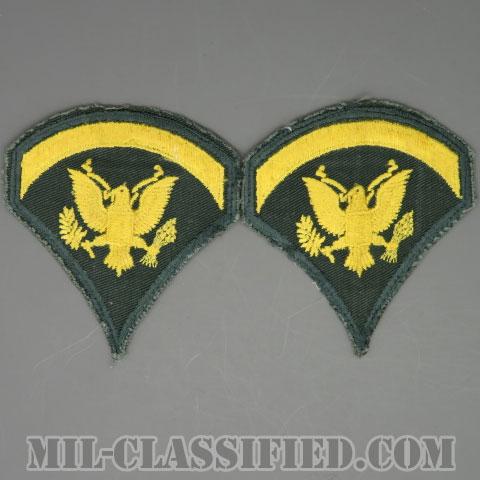 特技兵 (SP5)(Specialist 5)[カラー/カットエッジ/階級章(1959-1985)/パッチ/中古1点物(ペア2枚1組)]の画像