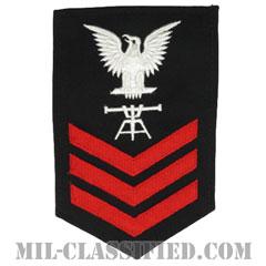 一等兵曹(二等兵曹・三等兵曹共通)発射管制技術者(Fire Control Technician)[ネイビーブルー(レッド)/Male(男性用)/腕章(Rating Badge)階級章]の画像
