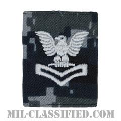 二等兵曹(Petty Officer Second Class)[NWU Type1/ゴアテックスパーカー用スライドオン階級章]の画像