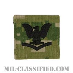 三等兵曹(Petty Officer Third Class)[NWU Type3(AOR2)/キャップ用階級章/パッチ]の画像