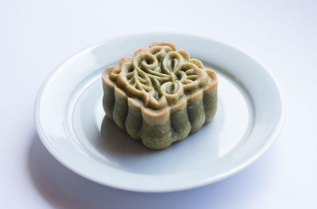 珠洲大納言月餅 ~Bánh Trung Thu Trà Xanh Nhân Đậu Đỏ & Quả Óc Chó~の画像