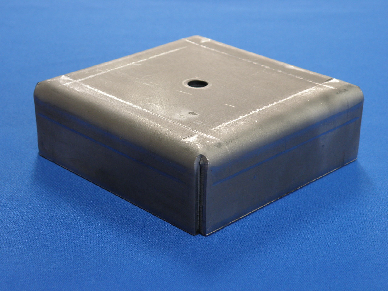 A-10 120角脚皿溶接用穴あり(曲げ加工品)画像