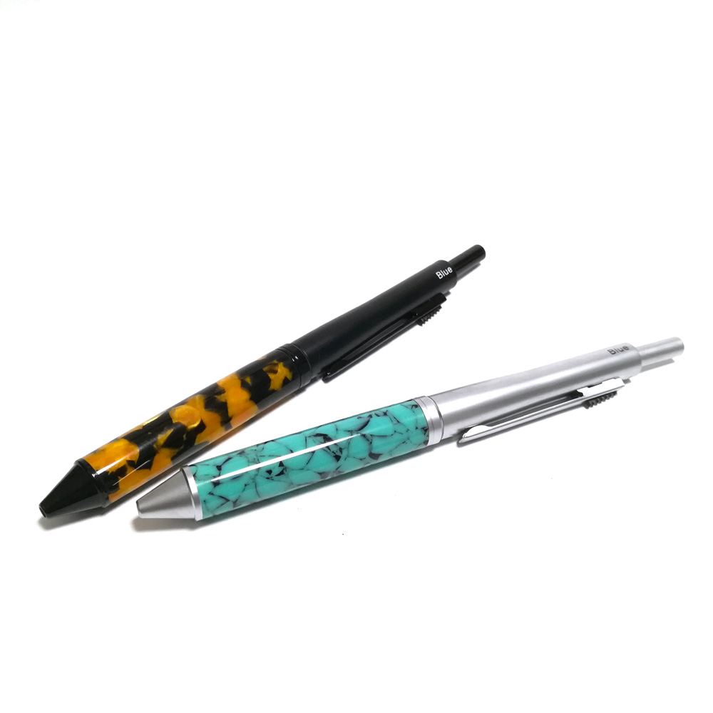 セミオーダー【マルチペン】 ボールペン(黒、赤、青)シャープペンシル(0.7mm)の画像