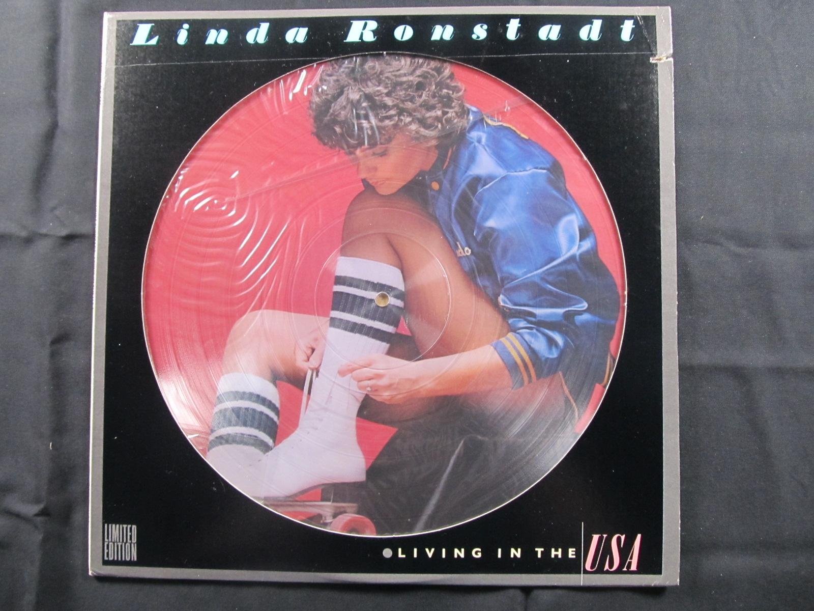 中古LP RINDA RONSTADT『LIVING IN THE USA』/リンダ・ロンシュタット 『リビング・イン・ザ・USA』画像