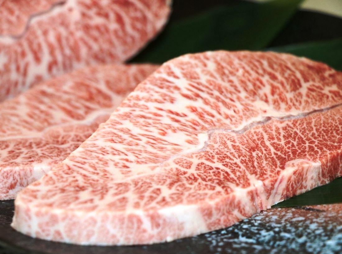 米沢牛のミスジは僅かしか取れない希少部位。ステーキでご賞味ください画像