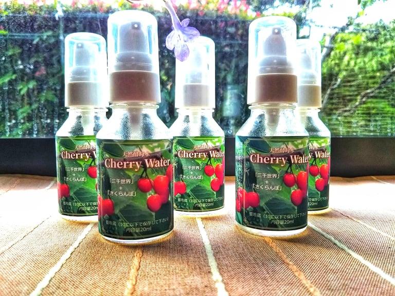 季節限定・天然酵母水チェリーウォター ミニボトル20ml入り 9種類の植物+さくらんぼ画像