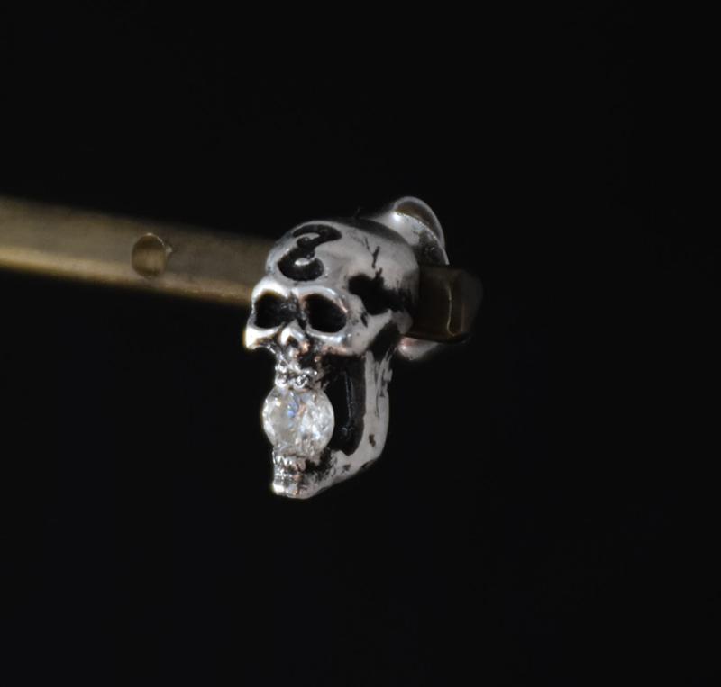 Skull Pierceの画像