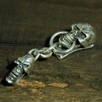 Stare Skull with Skull Clip Keychainの画像